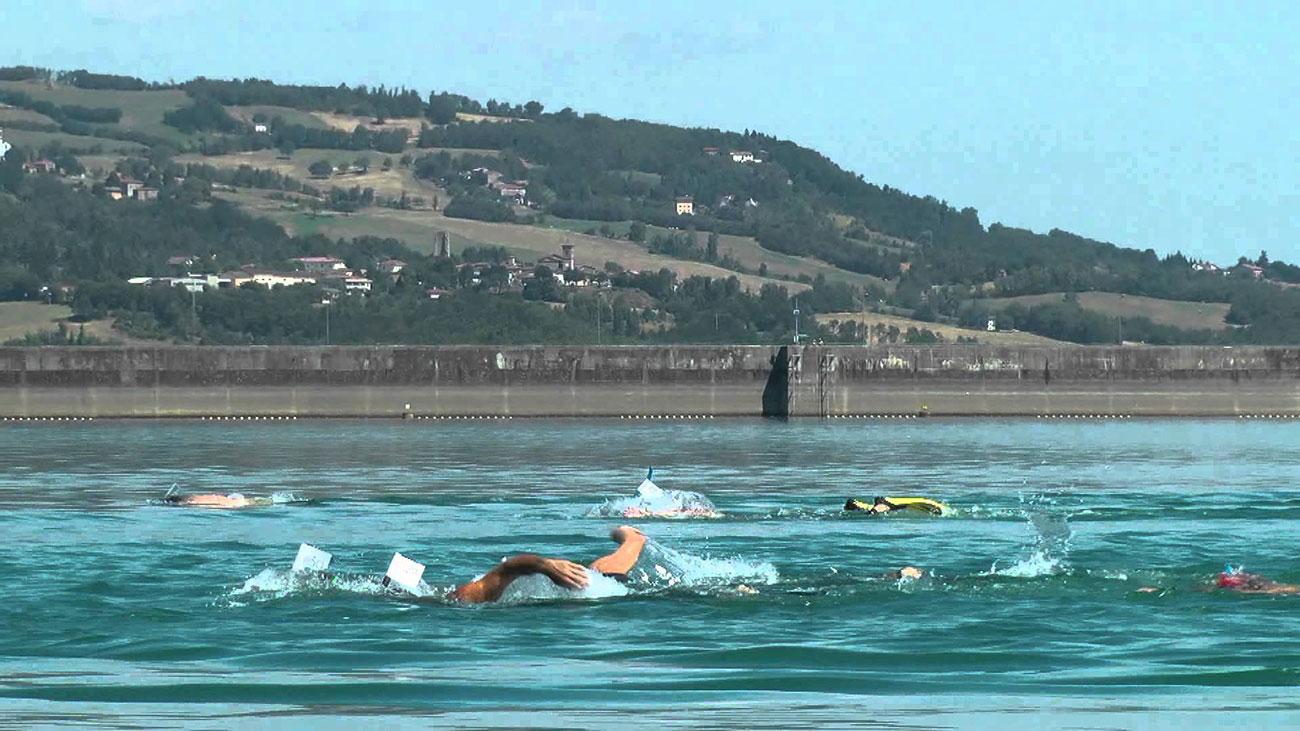 nuotatori-suviana-gara-nuoto